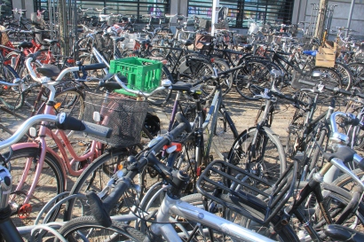 Loads of bicycles. A common sight in Copenhagen.