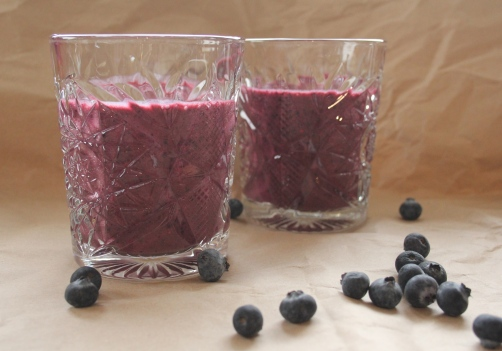Blueberry smoothie_IMG_4176